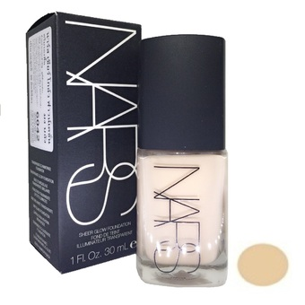 NARS Sheer Glow Foundation 30ml. (สี MONT BLANC )