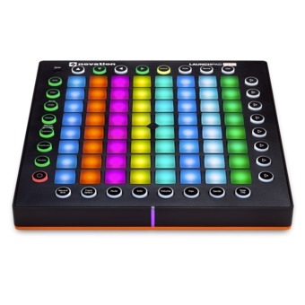 novation launchpad pro (สีดำ)